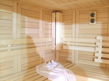 kn llwald helo sauna supreme royal 199 x 235 cm. Black Bedroom Furniture Sets. Home Design Ideas