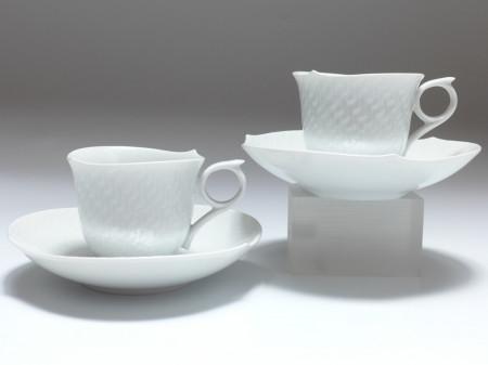 meissen porzellan paar mokkatassen wellenspiel relief online kaufen bei hess shops. Black Bedroom Furniture Sets. Home Design Ideas