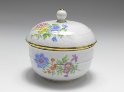 sugar box, flower painting flower 3, Meissen, 1st quality, H: 10 cm