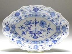 salad-dish, blue onion, Meissen, 26,5x19 cm
