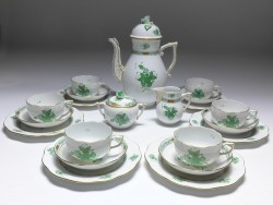 coffee service for 6 persons, 21 pieces, Herend porcelain, floral decor Apponyi vert AV