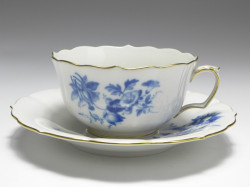 tea cup, Aquatinta - flower subjects, Meissen, V: 0,2 l.