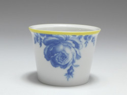 mini cup, Aquatinta - flower rose subjects, Meissen, 1st quality