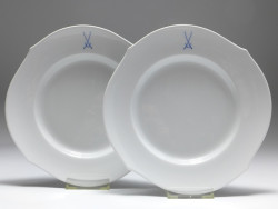 plate set for 2 persons, crossed swords, waves pur, Meissen, d: 22,5 cm